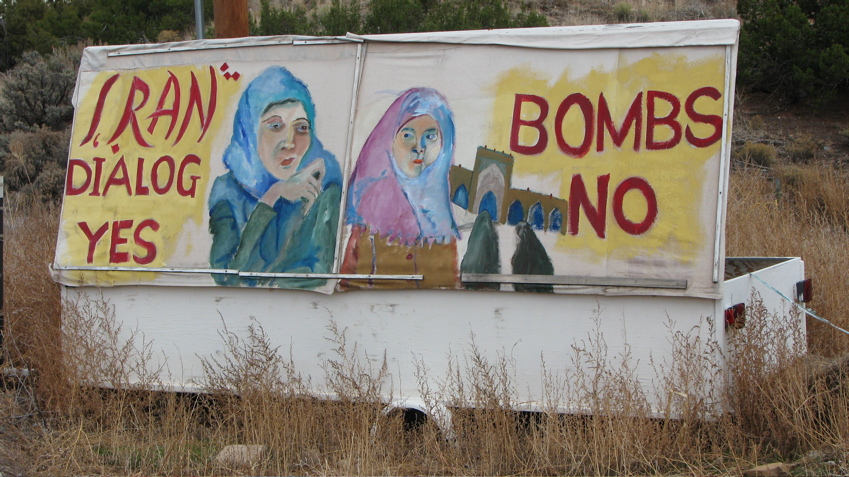 iran-peace-sign.JPG